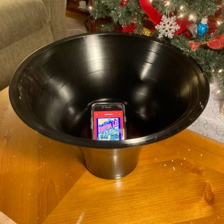Stretched Vinyl Record - Passive Phone Amplifier